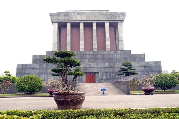 08 Ho Chi Minh Mausoleum