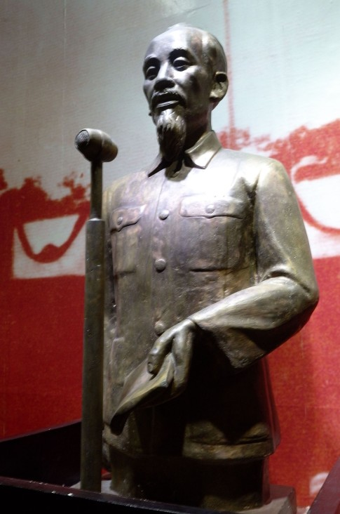 186 Ho Chi Minh 9-2-45